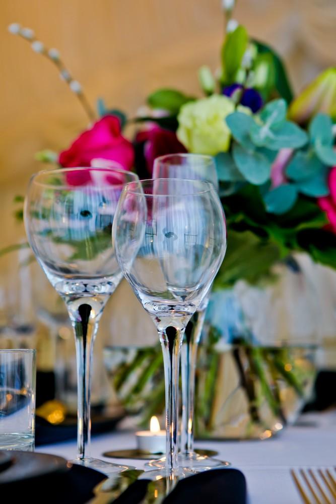 black-teardrop-glassware-to-hire (6)