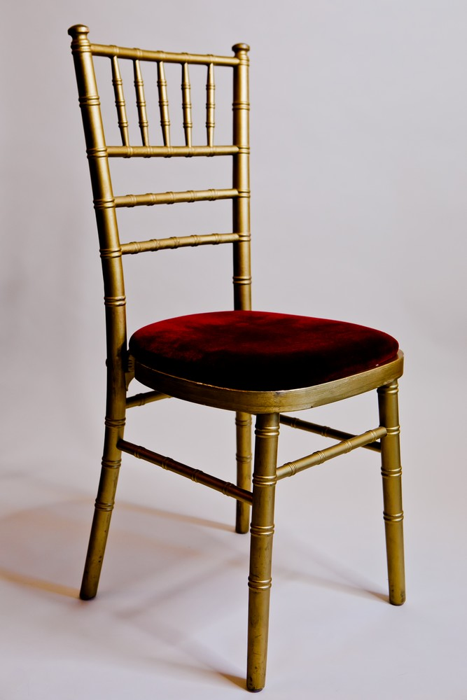 chiavari-gold-chairs-to-hire (1)