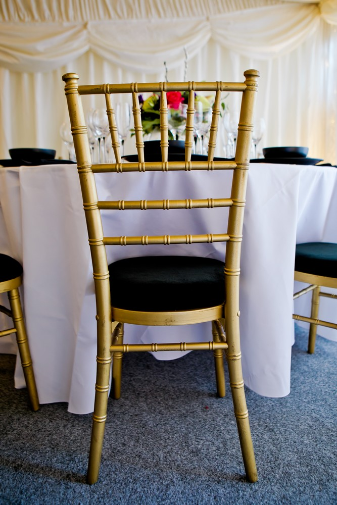 chiavari-gold-chairs-to-hire (8)