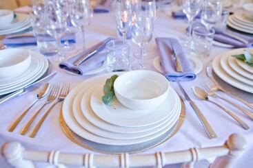 cabernet-glassware-to-hire (1)