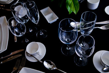 cabernet-glassware-to-hire (14)