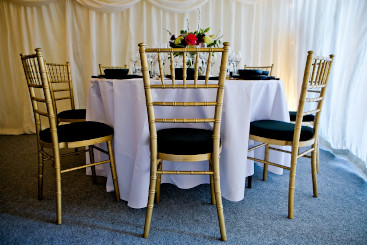 chiavari-gold-chairs-to-hire (10)