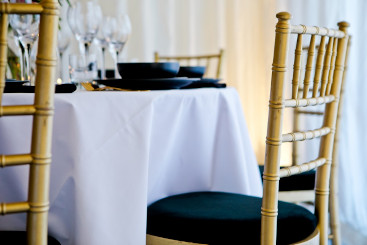 chiavari-gold-chairs-to-hire (12)