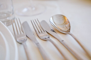 motive-cutlery-to-hire (5)