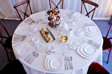 white-square-crockery-to-hire (5)-1000